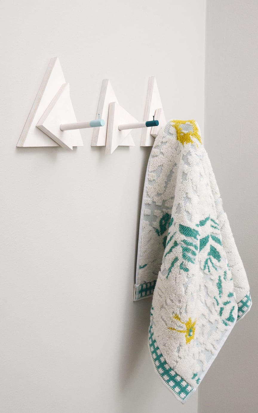 20 DIY Wall Hooks — Organize And Declutter