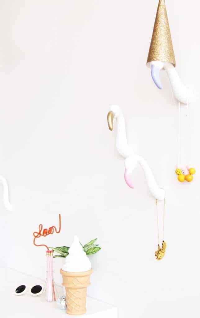 8-Flamingo-Wall-Hooks-644x1024