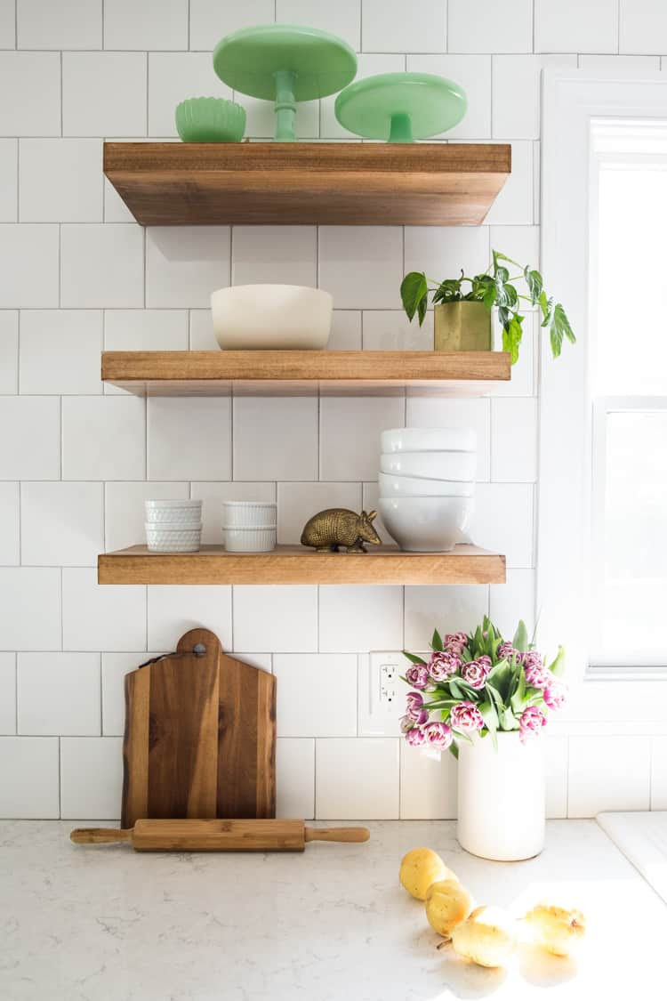 15 DIY Floating Shelves Ideas