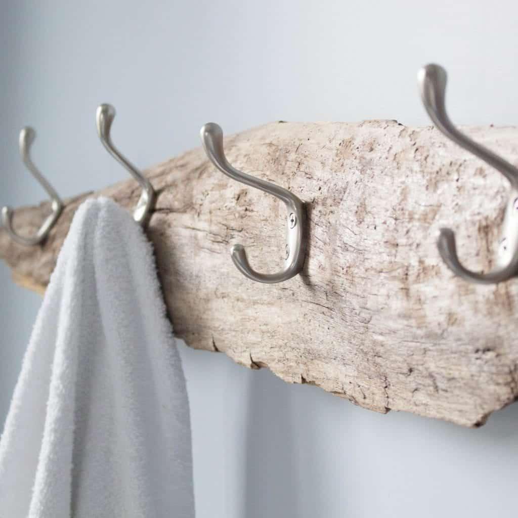 18-Driftwood-Hat-Rack