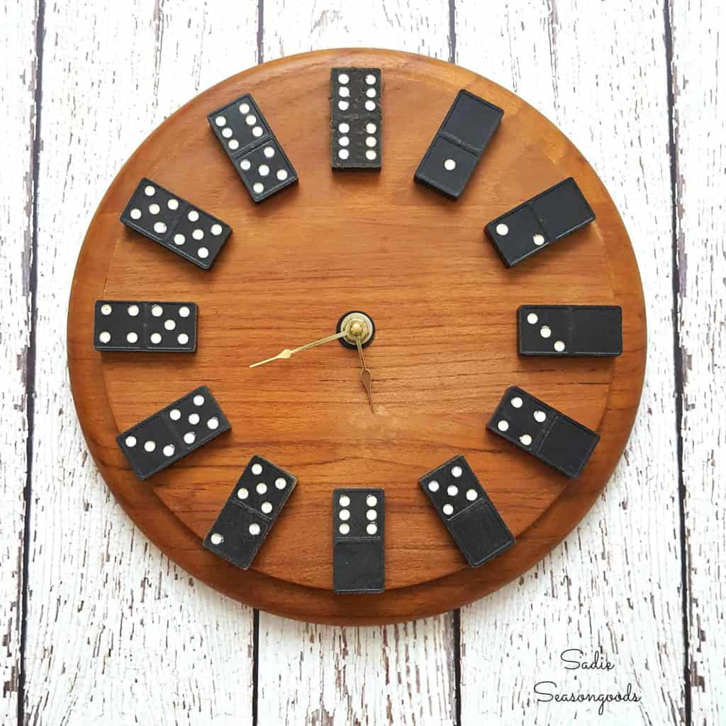 4-Upcycled-Vintage-Domino-Clock-1024x1024