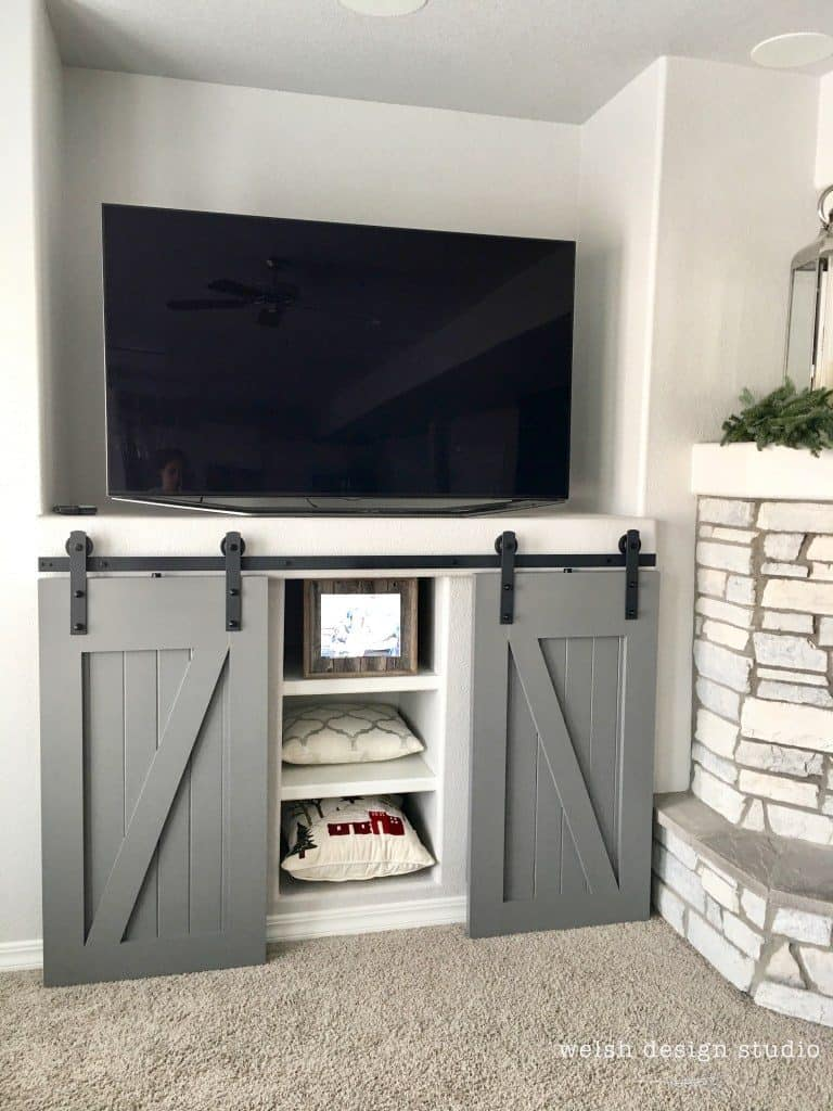 5-Barn-Door-Built-In-Entertainment-Center-768x1024