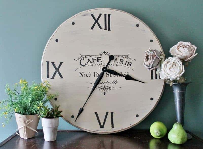 5-Tabletop-Farmhouse-Clock