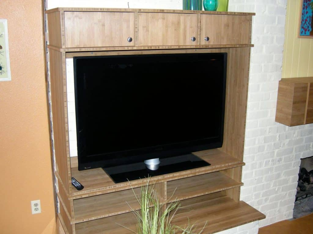 7-Bamboo-Plywood-Entertainment-Center-1024x768