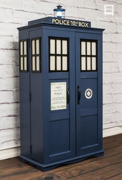 8-TARDIS-Entertainment-Center-or-Shelves