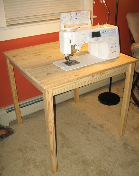 15-Super-Simple-Small-Sewing-Table