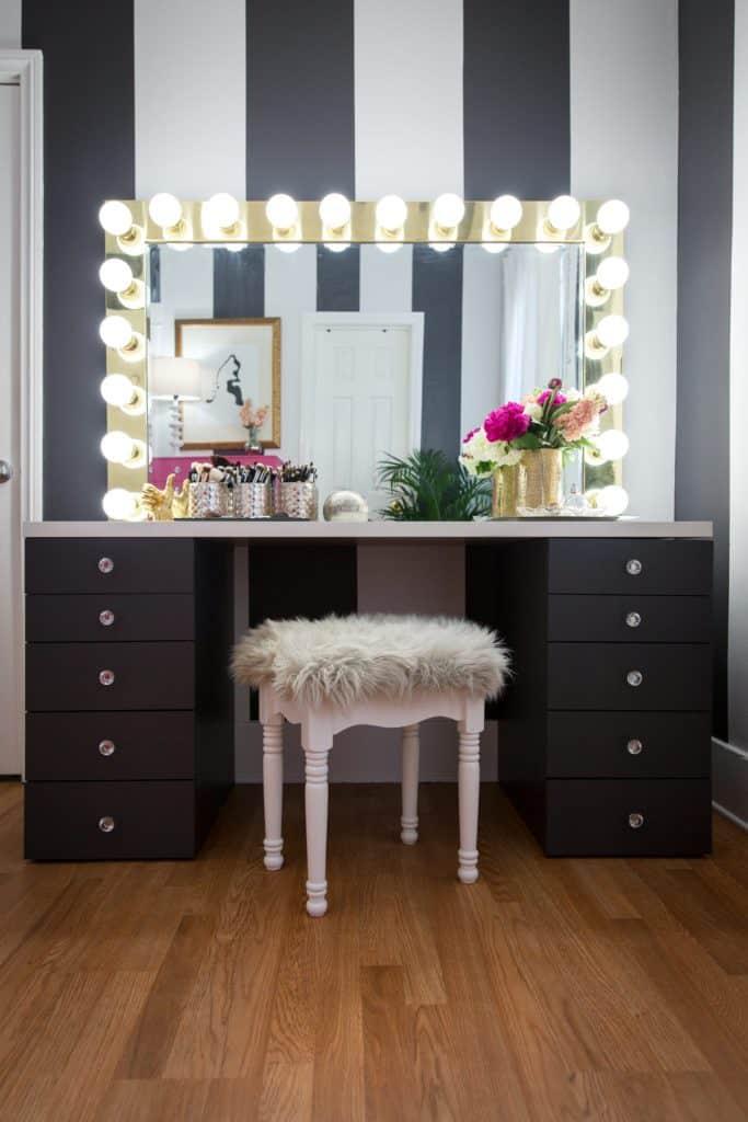 18-DIY-Gold-Glam-Mirror-683x1024