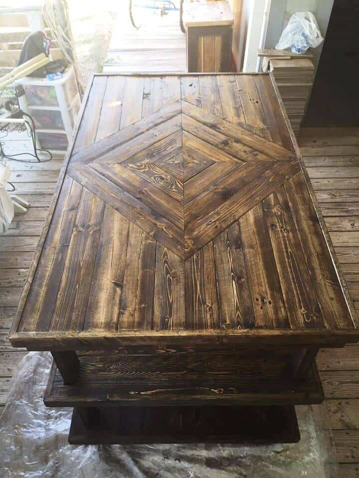 20-Pallet-Sewing-Work-Table-with-Storage