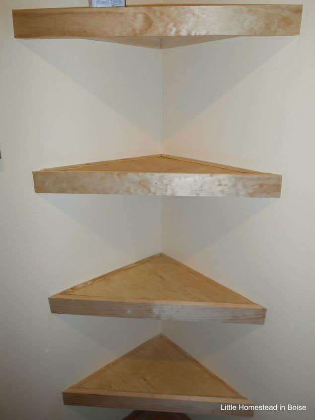 3-DIY-Floating-Shelves