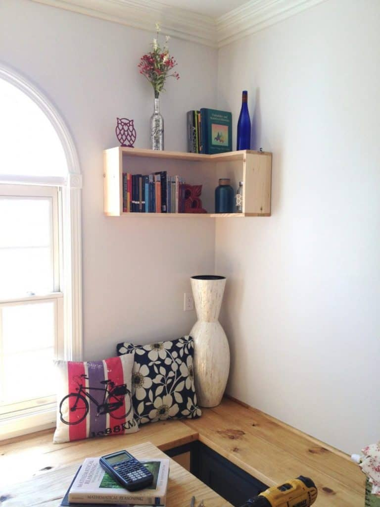 4-Boxed-Corner-Shelf-768x1024