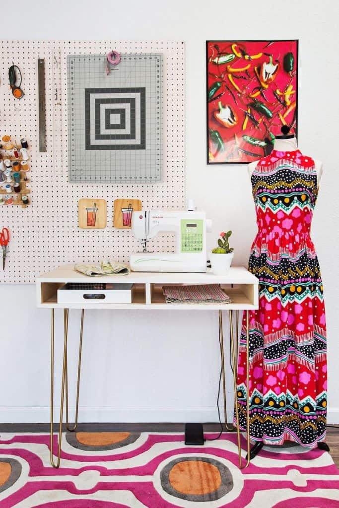 9-Super-Easy-Sewing-Desk-683x1024