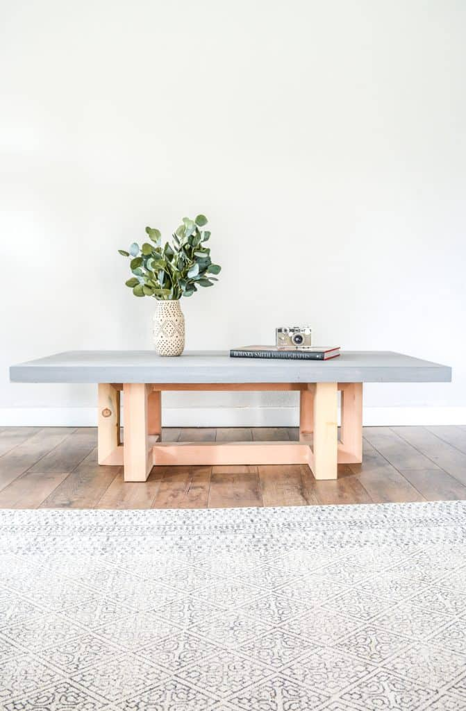 18-Funky-Concrete-Table-671x1024