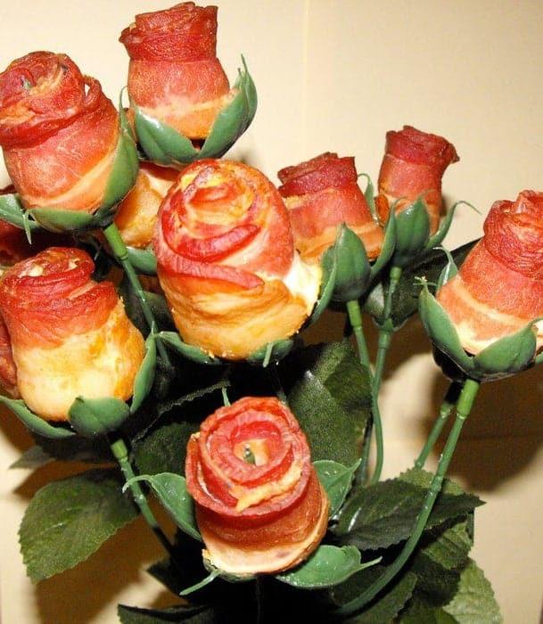 19-Bacon-Roses