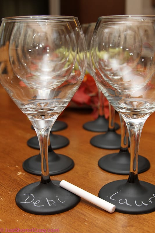 2-Chalkboard-Painted-Glasses