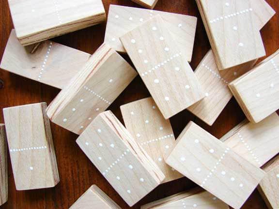 24-DIY-Dominos
