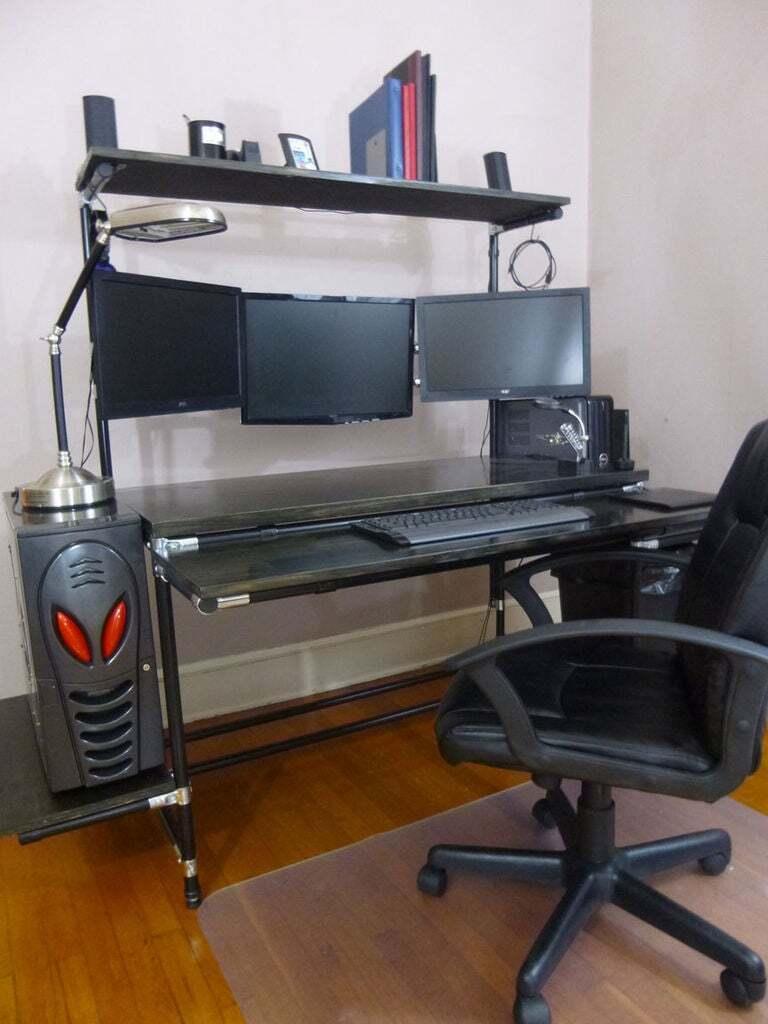 Three Compartment Computer Desk