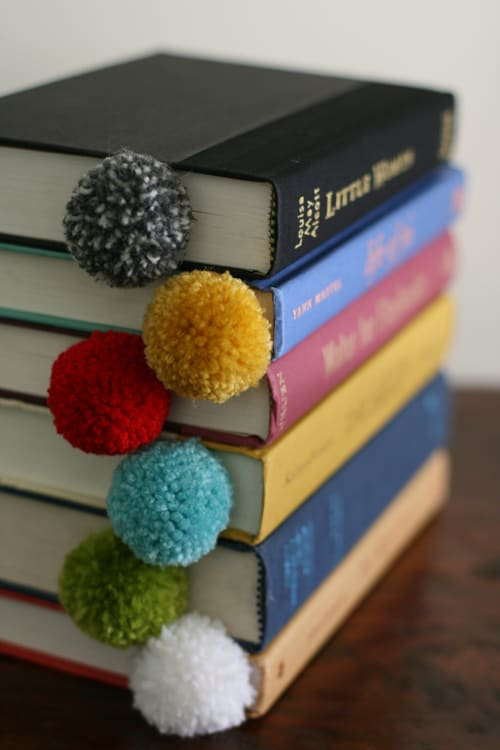 7-Yarn-Ball-Book-Mark