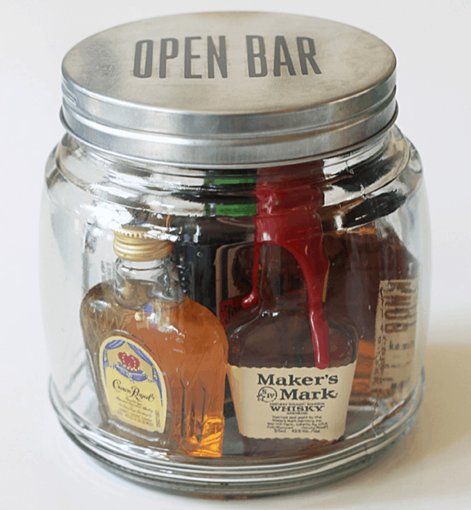 8-Mini-Bar-In-A-Jar-946x1024