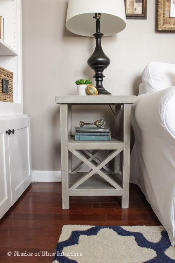 Small X-End Side Table