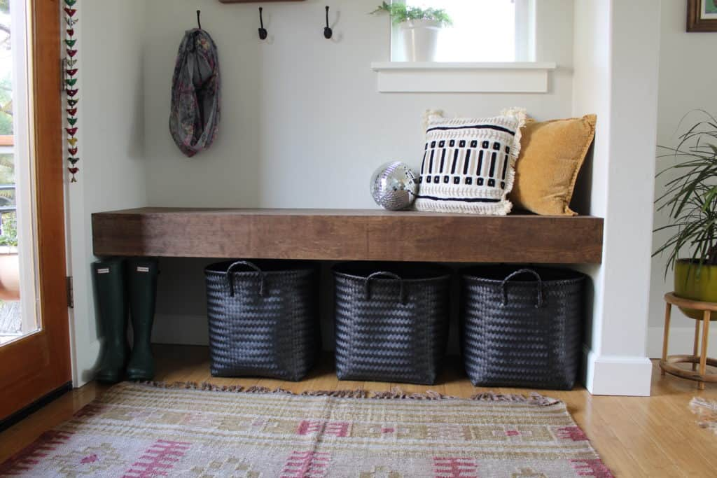 Simple & Chic Entryway Bench