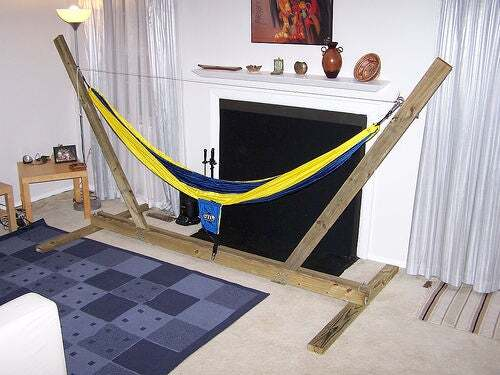 Super Simple Hammock Stand