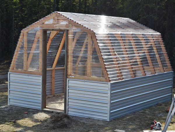 Strong & Sturdy Greenhouse