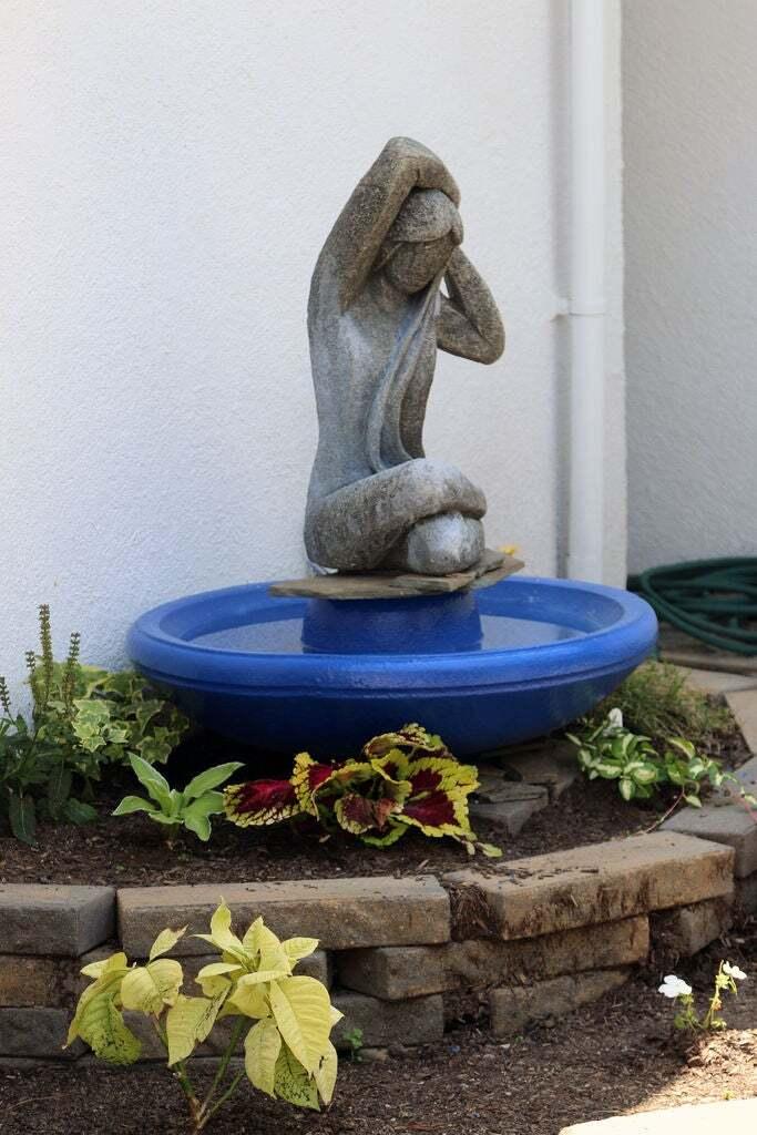 Easy Garden Sculpture Fountain