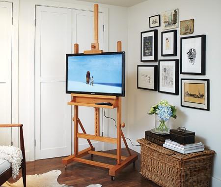Elegant Easel TV Stand