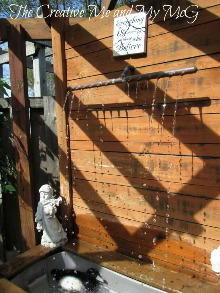 Trickling Water Wall