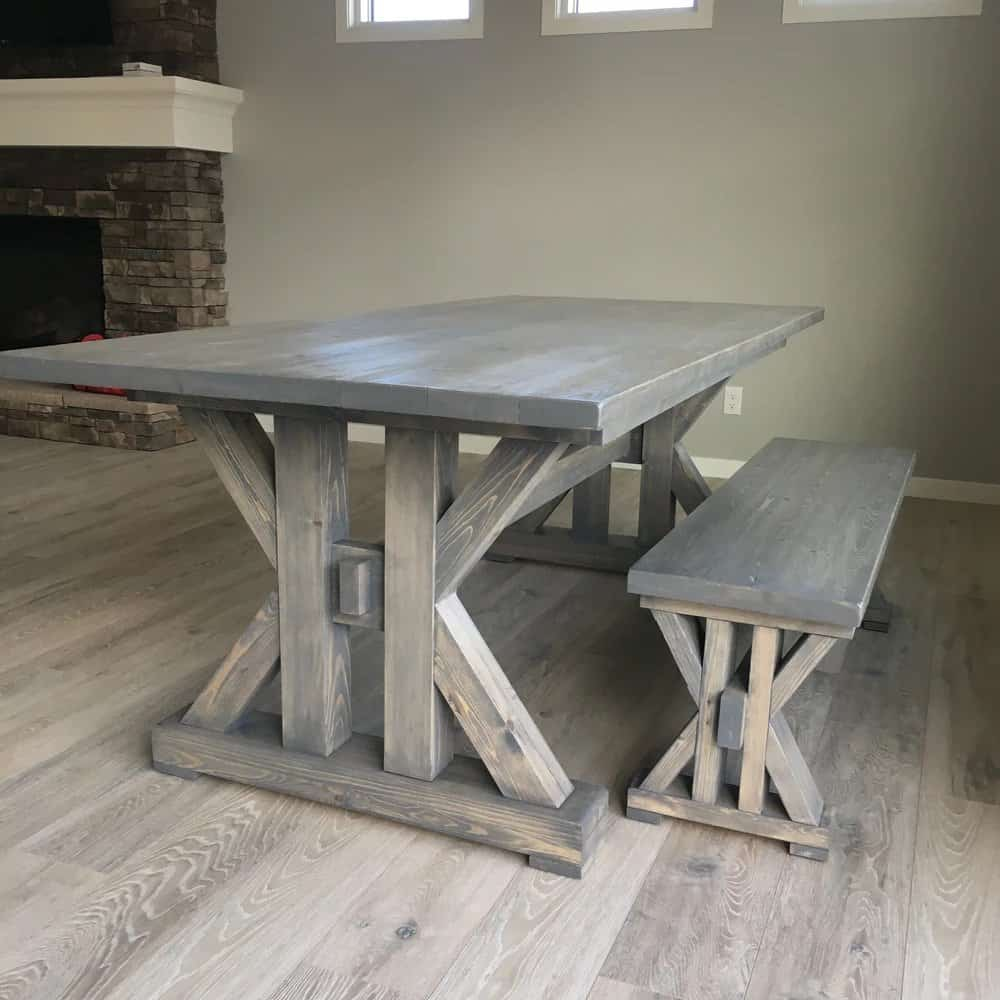 <strong>French Farmhouse Table</strong>