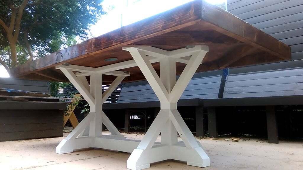<strong>Pedestal Style Braced Farmhouse Table</strong>