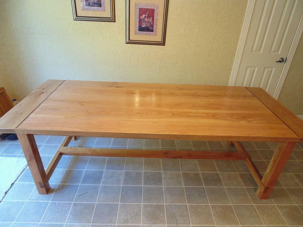 <strong>Cherry Farmhouse Table</strong>