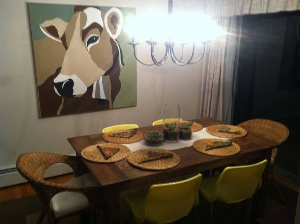 <strong>Parson Style Farmhouse Table</strong>