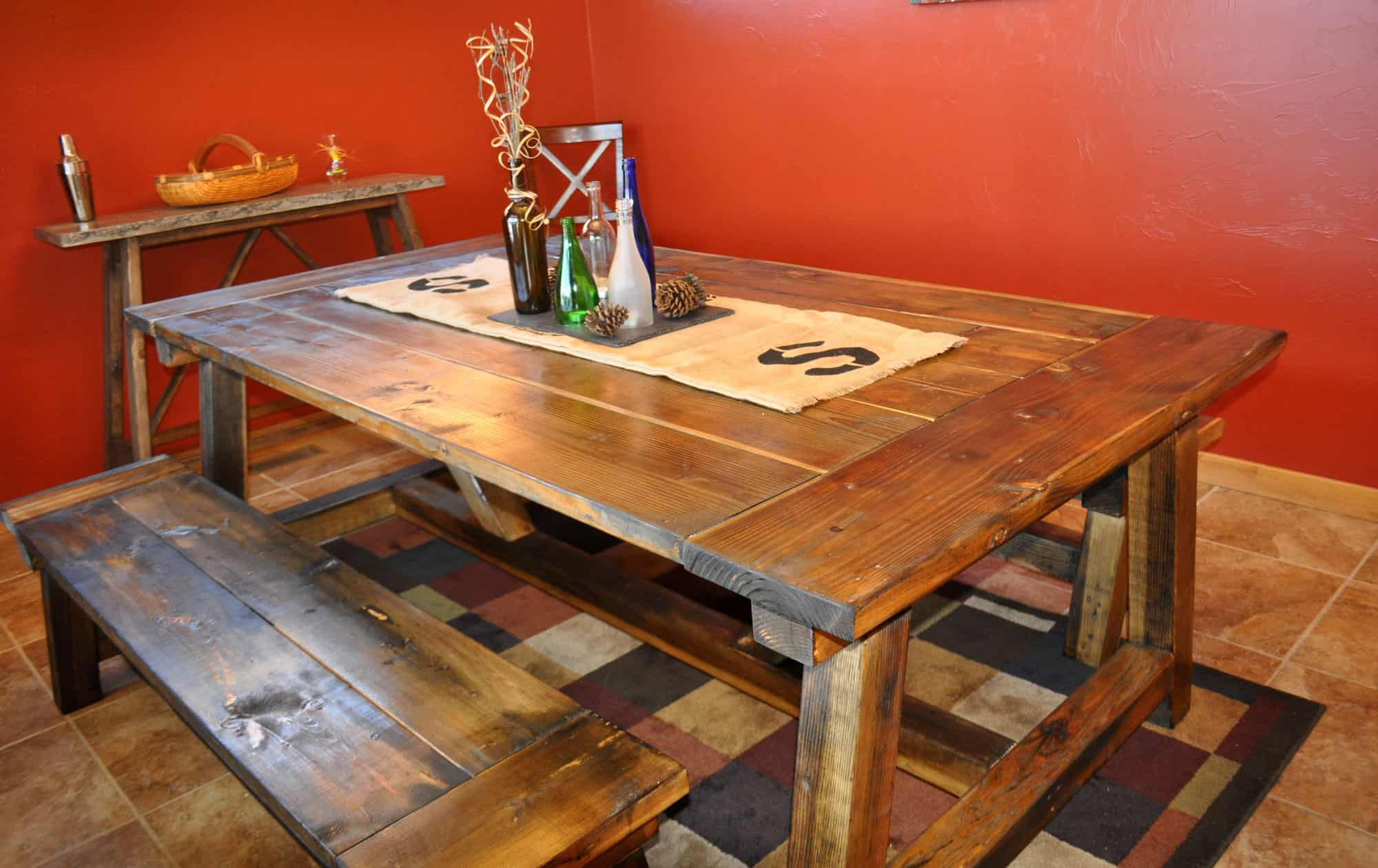<strong>4x4 Farmhouse Table with Benches</strong>