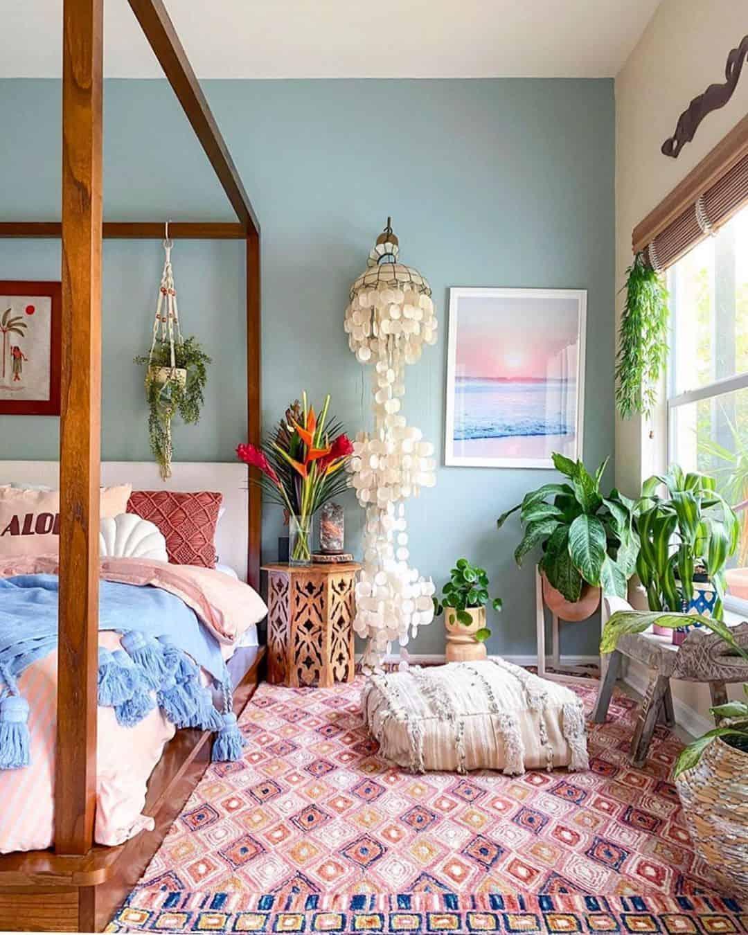 Redo Your Bedroom in Boho Summer Comfort