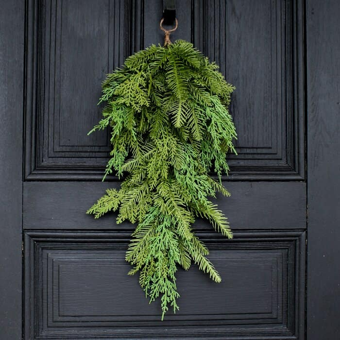 A Simple Cedar and Pine Swag
