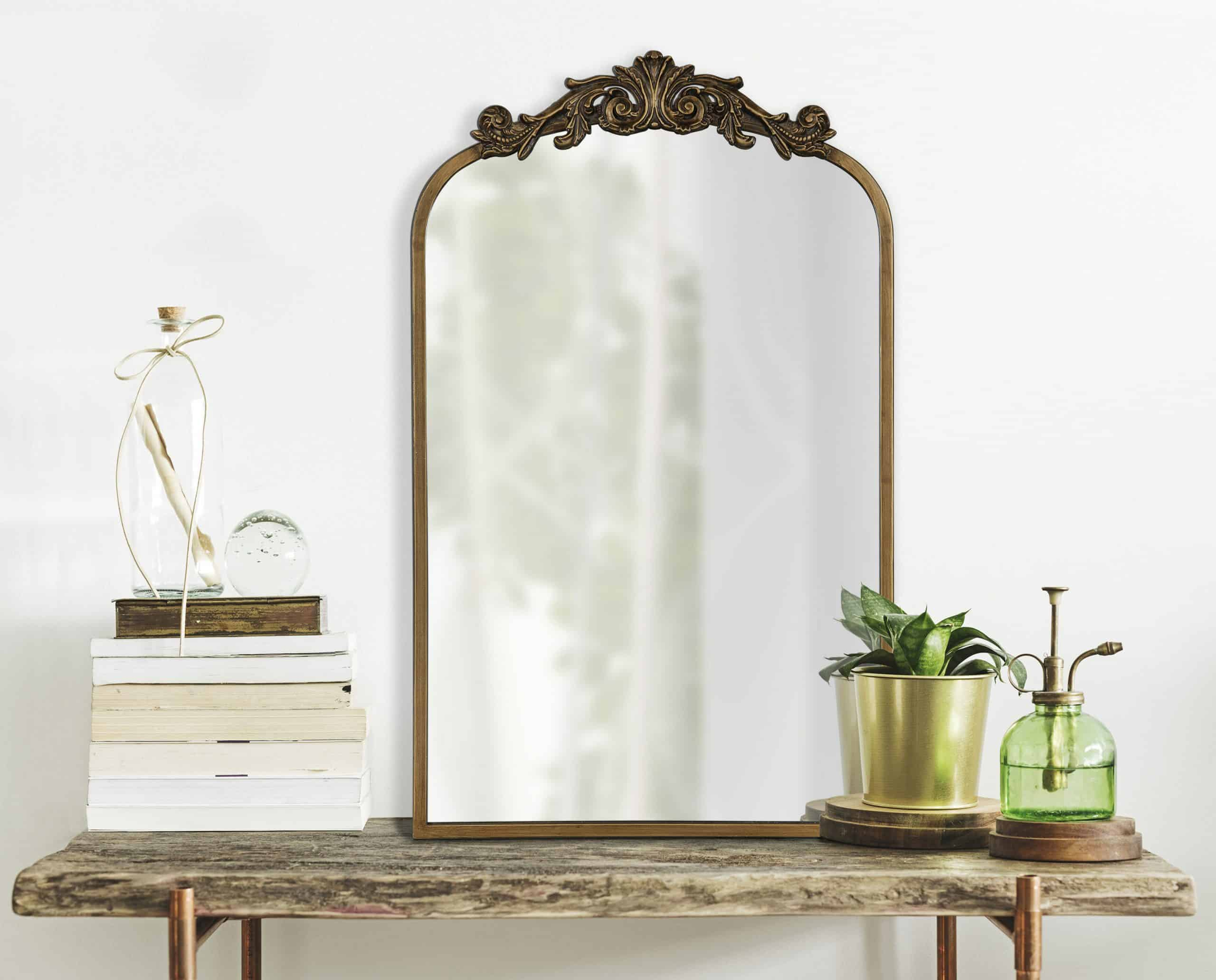 Anglo Arendahl Traditional Beveled Accent Mirror