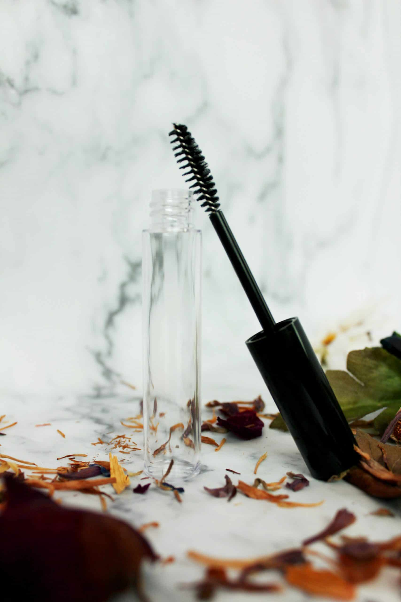 DIY Eyelash Serum Recipe for Natural Lash Growth