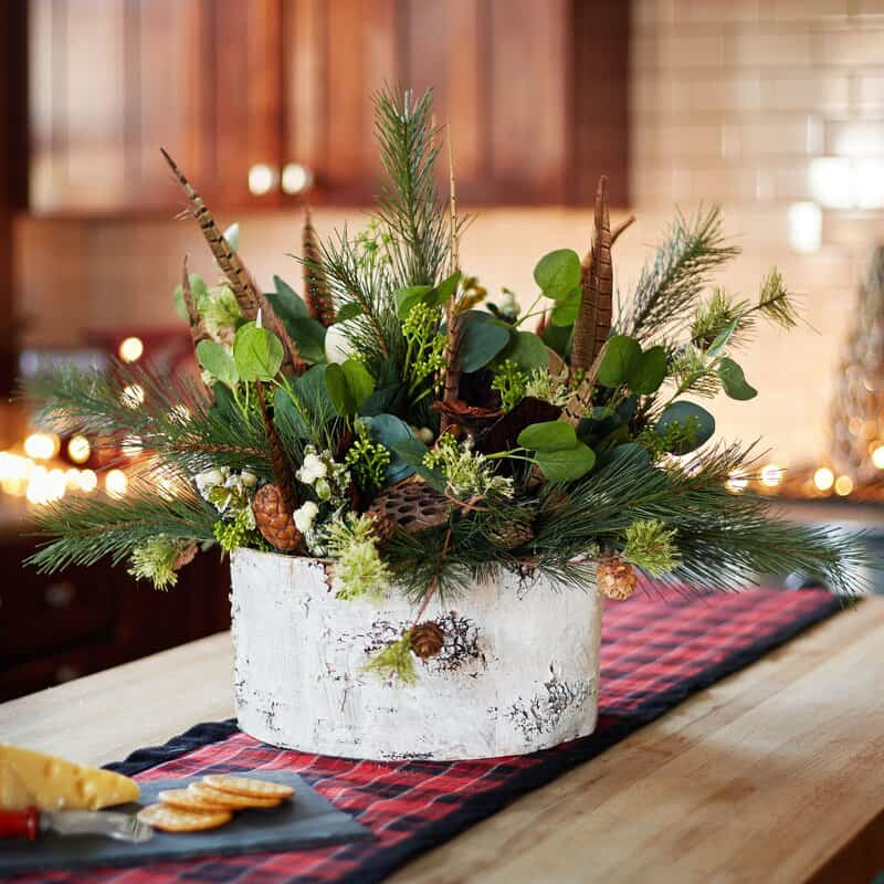 Focus on a Stunning Pre-Made Centerpiece