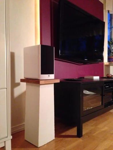 Robust Speaker Stands