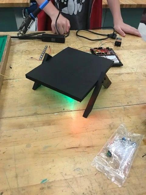 Basic Desktop Speaker Stand