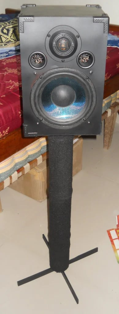 Recycled Spray Can Speaker Stands
