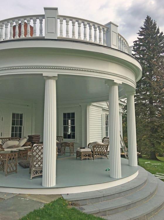A Circular Porch and Beautiful Columns