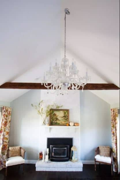 Paint It White For an Inexpensive and Classy Renovation