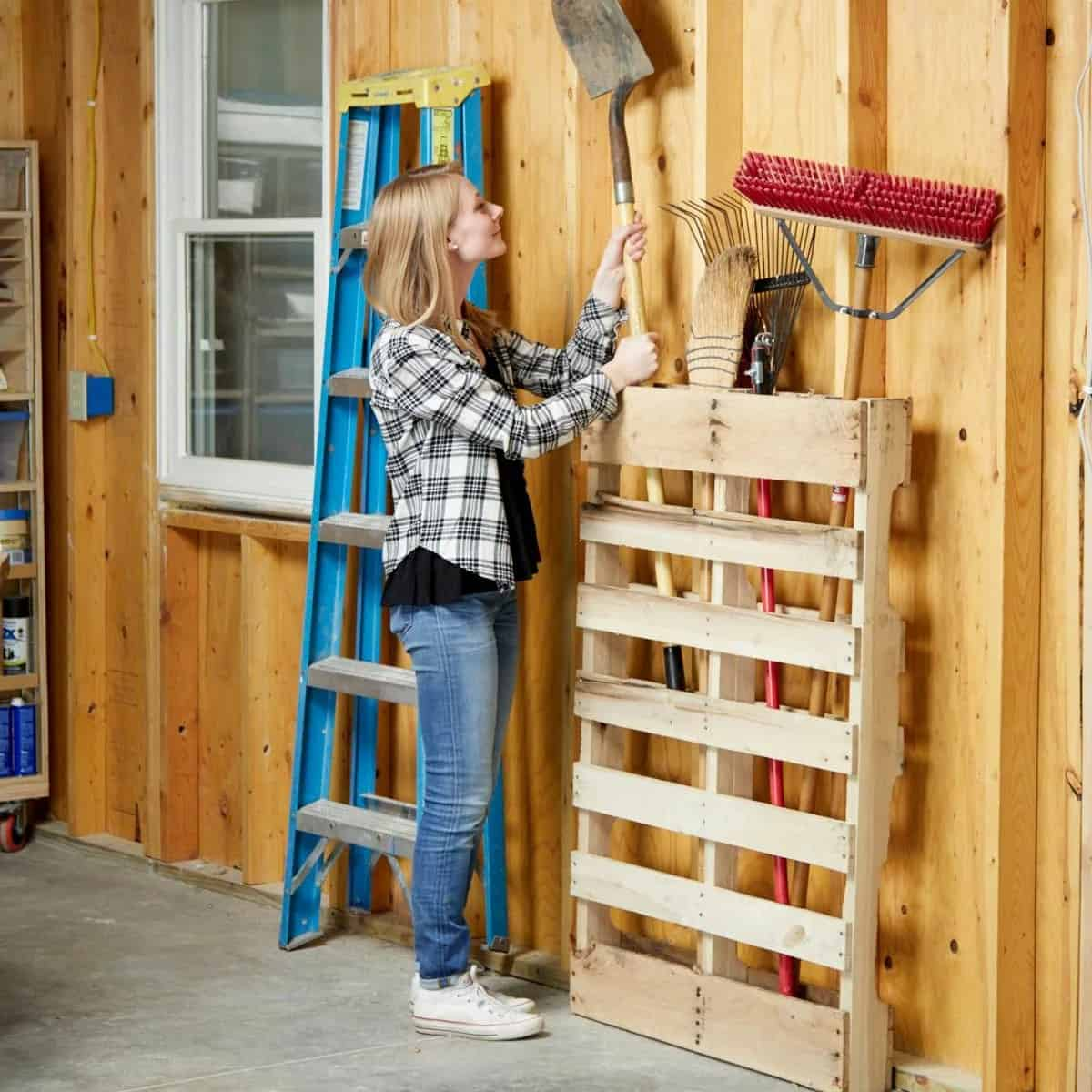 Easy Recycled Pallet Storage